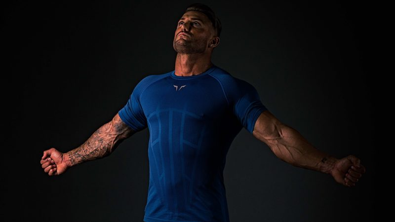 Seamless Spyder Tee – Empower the Hero Within